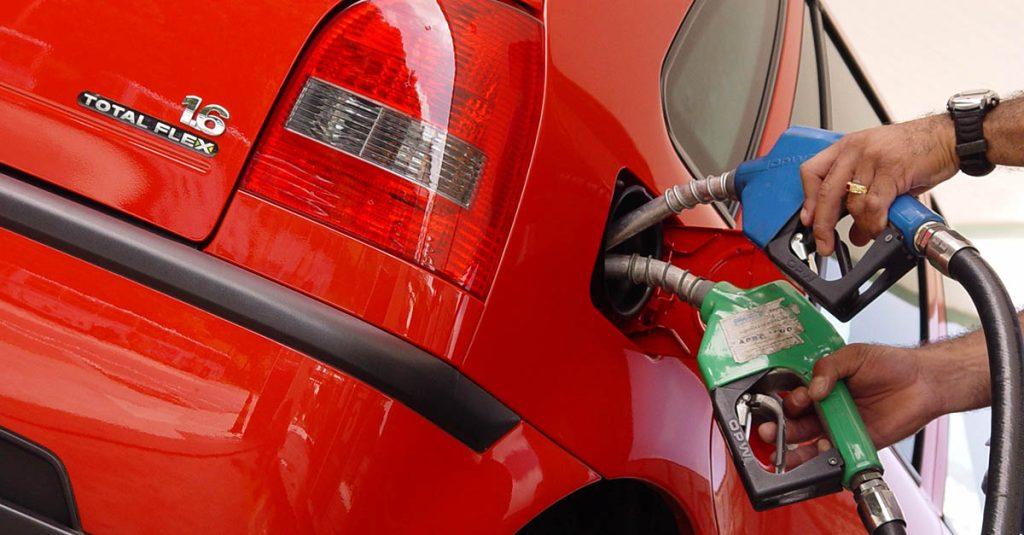 Muitos motoristas e técnicos mecânicos têm esta dúvida. Afinal, posso usar etanol e gasolina ao mesmo tempo no carro flex?